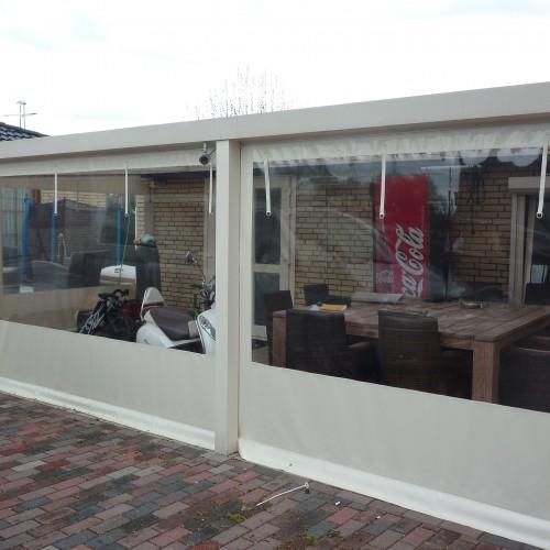 Verandazeil op het terras